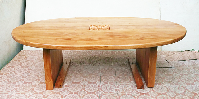 oval table-700.jpg